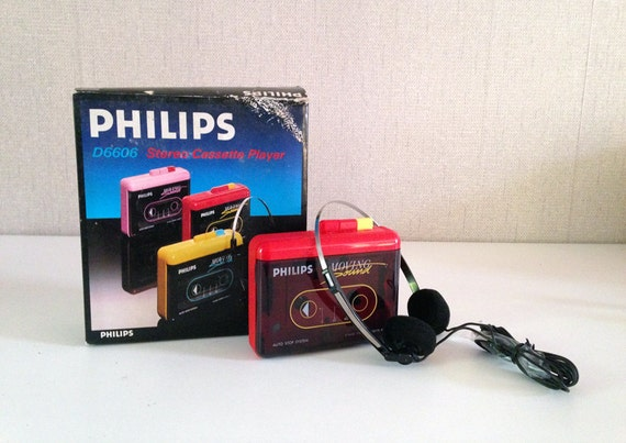very rare philips d 6606 st r o cassette player walkman red. Black Bedroom Furniture Sets. Home Design Ideas