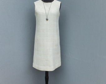 1970s/80s Creamy Pale Yellow and White Wool Shift Dress w/Hip Pockets