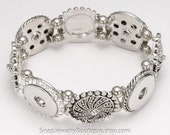 """Silver tone stretch four snap jewelry bracelet, for regular snaps, like Ginger Snaps, Magnolia & Vine, Noosa, fits up to 7"""" (17.8cm) wrist"""
