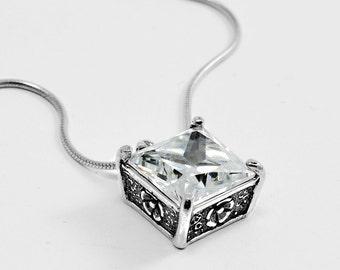 Cubic Zirconia CZ Pendant Quarz Necklace Sterling silver