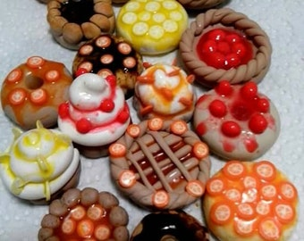 Mini cupcake polymer clay pendants