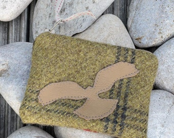 Rustic Tweed purse, coin purse, bird purse, Hen Harrier purse, leather bird, zip purse, green coin purse, lined purse.