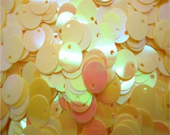 100 - 10mm sequins, spangles - yellow ab