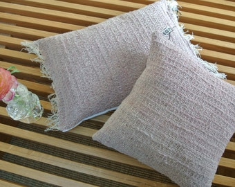 Small cushion Pale pink.