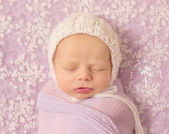Textured Newborn Bonnet