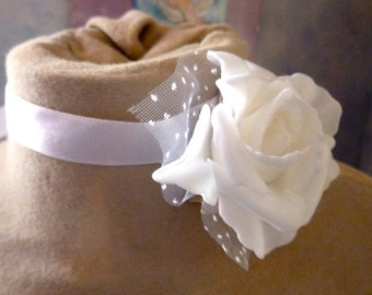 Necklace white rose wedding satin