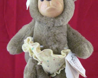 Bear, Raikes Bear, Vintage Carved and Plush Bear, Lisa Marie, Nursery Miniature 1990 Vintage bear by Applause