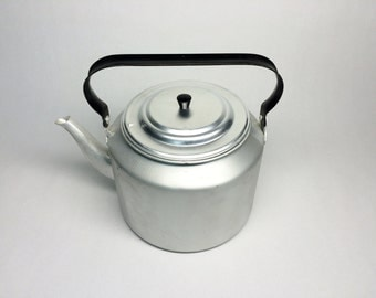 vintage 5litre aluminum large teapot kettle 5litre NEW NOT USED