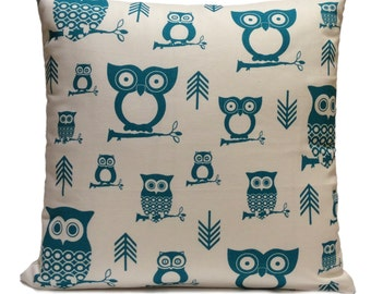 Turquoise and White Pillow, Throw Pillow Cover, Decorative Pillow Cover, Cushion Cover, Pillowcase, Accent Pillow, Toss Pillow, Cotton, Owl