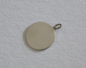 Beau sterling silver plain engraveable medallion charm