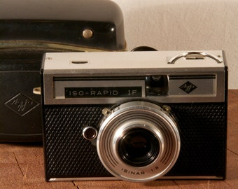 Vintage Agfa Iso Rapid camera.