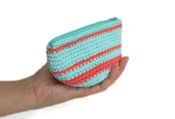 Crochet Round Pouch : Small Crochet Pouch with Zipper and Lining, Cosmetics Pouch, Zip Pouch ...
