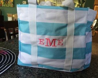 Striped Beach Pool Everyday tote bag