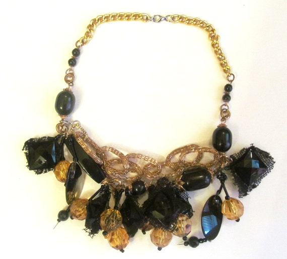 Necklace. Handmade necklace. Jewelry. handmade jewelry. colours; gold, black. ready to ship