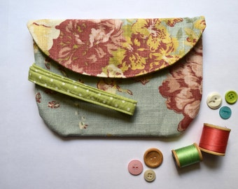 Wristet Handmade In Waverly Floral Pastels And Lime Green Polka Dot
