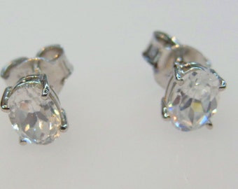 Beautiful Zircon Earring Sterling Silver 925 Handmade Awesome Stylish Fantastic Fabulous Precious good F9