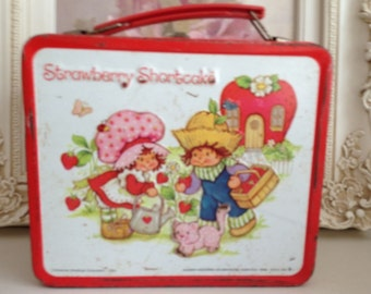 Lunch Box-Vintage- Strawberry Shortcake Lunch Box 1980