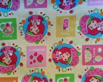 "Valance 42""x15"" panel ""Strawberry Shortcake"""