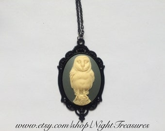Barn owl Cameo necklace on a chain of 18""