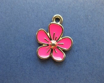 10 Flower Charm - Flower Pendant- Pink Flower Charm - Pink Flower -  Enamel Charm - Gold Plated - 16mm x 13mm. -- (No.93-10432)