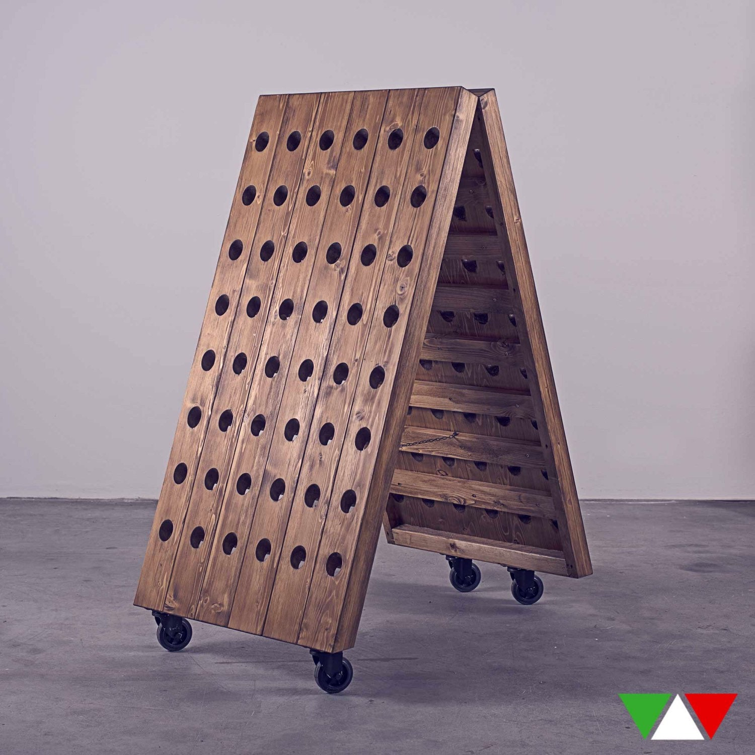 Wine rack mobile industrial style for Mobel industrial style