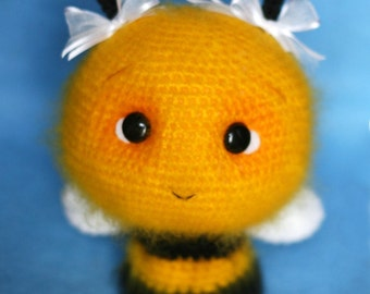Elfin Thread - Fuzzy Bee Amigurumi Pattern (bee crochet pattern) PDF