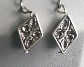 Silver-plated Diamond-shaped Earrings