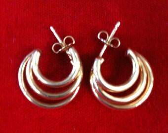 14 k Yellow Gold Earrings. 2.3 Gm.Free Shipping.