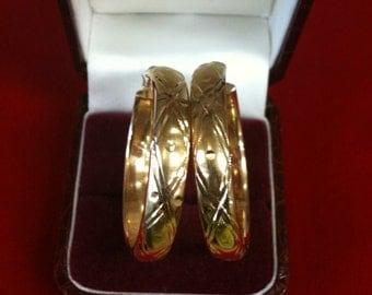 14 K Yellow Gold Beautiful Hoop Earrings. 6.6 gm. Free Shipping.