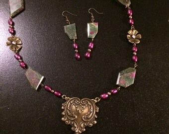 Steampunk pearls and fuschite necklace set