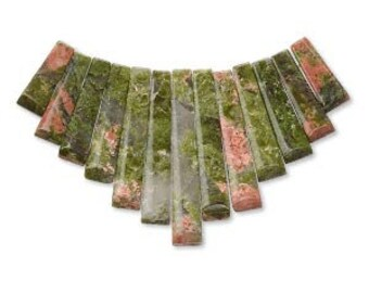 Unakite Fan, Graduated fan, green, salmon, cream, 10mm to 28mm, 13 bead set, D484