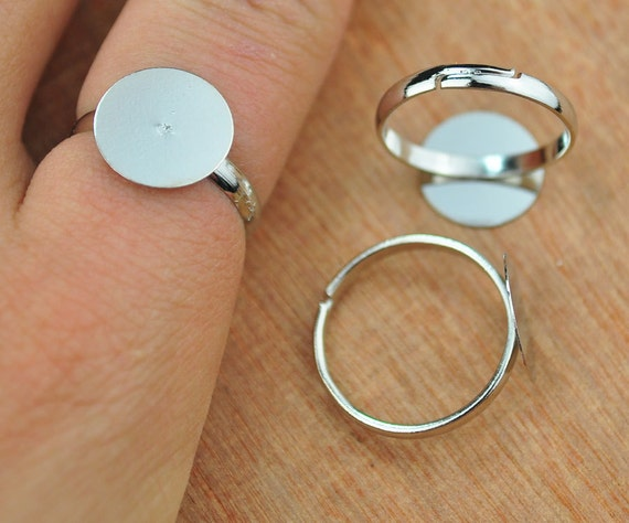Popular items for silver ring blanks on Etsy