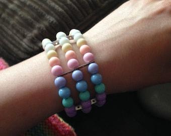 Pastel beaded stretchy bracelet