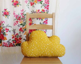 Cloud-shaped pillow yellow stars
