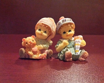 VINTAGE FIGURINES *Two little girls* adorable