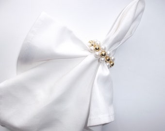 40 Napkin Rings / Napkin Holders / Pearl Napkin Rings / Gold Wedding Decor / Rustic Wedding Decor / Table Decor / Outdoor Wedding