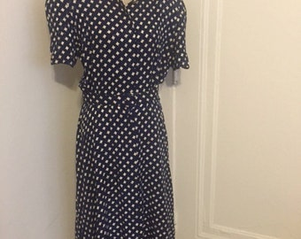 Vintage Maggie London by Jeanneane Booher 100% Silk belted day dress! Size 14