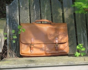 Coach Wallstreet Briefcase In British Tan Leather Attache Laptop Ipad Bag No. 5240 Reg No. 0868-214 Made in U.S.A Vgc