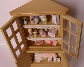 1:12 miniature forniture Cabinet corner bath