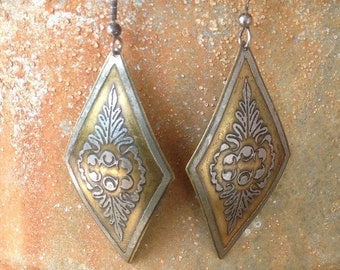 Old Vintage Silver And Brass Diamond Shaped Middle Eastern Earrings 1659 (On Sale 14.00)
