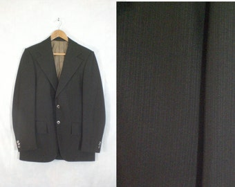 60s travel knit blazer 38R. wrinkle free brown blazer. mens blazer 38R. mens jacket. mens sports coat. travel jacket