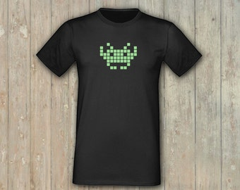 T-Shirt space invader, glows in the dark! embroidered