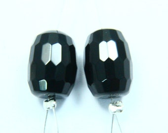 1 Pair Natural Black Onyx, Focal Briolette, Chalcedony Gemstone, Faceted Oval Barrel Shape, Size - 10mm x 14mm
