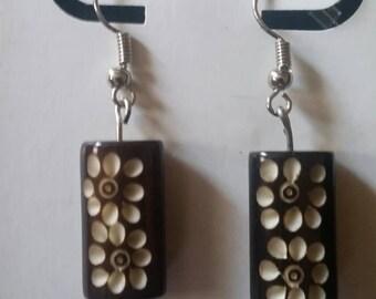 Brown floral earrings