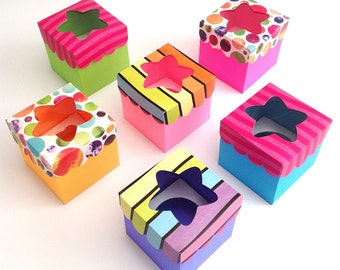 SALE** Cupcake box x1 - Set of 12 | Favor - treat - gift boxes.
