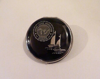 Antique compacts 1937 enamel Great Lakes Exposition Cleveland Centennial compact