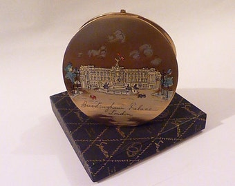 """Rare Stratton """"Corona"""" BUCKINGHAM PALACE powder compact Queen Eizabeth II compacts royal compacts vintage compacts gifts"""