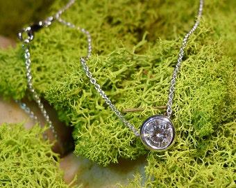 Round Diamond Necklace EN00001