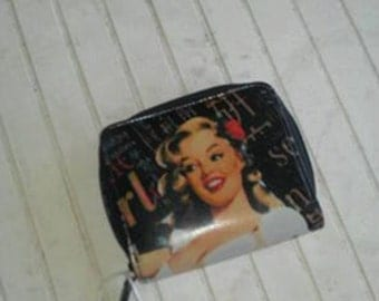 pin up wallet of a women