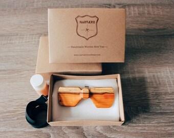 Wingler Model Bow tie Yew Wood